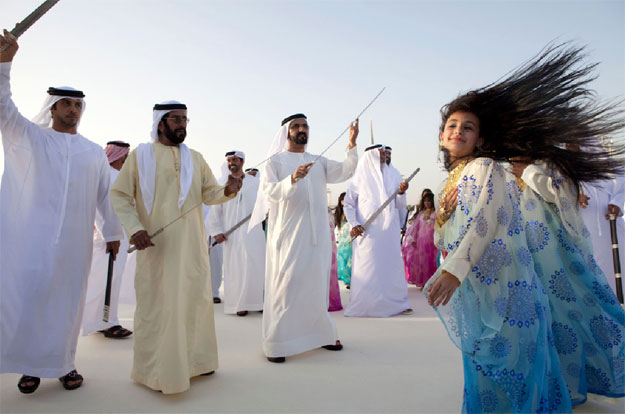 sheikh mohammed dancing at the al Nahyan wedding